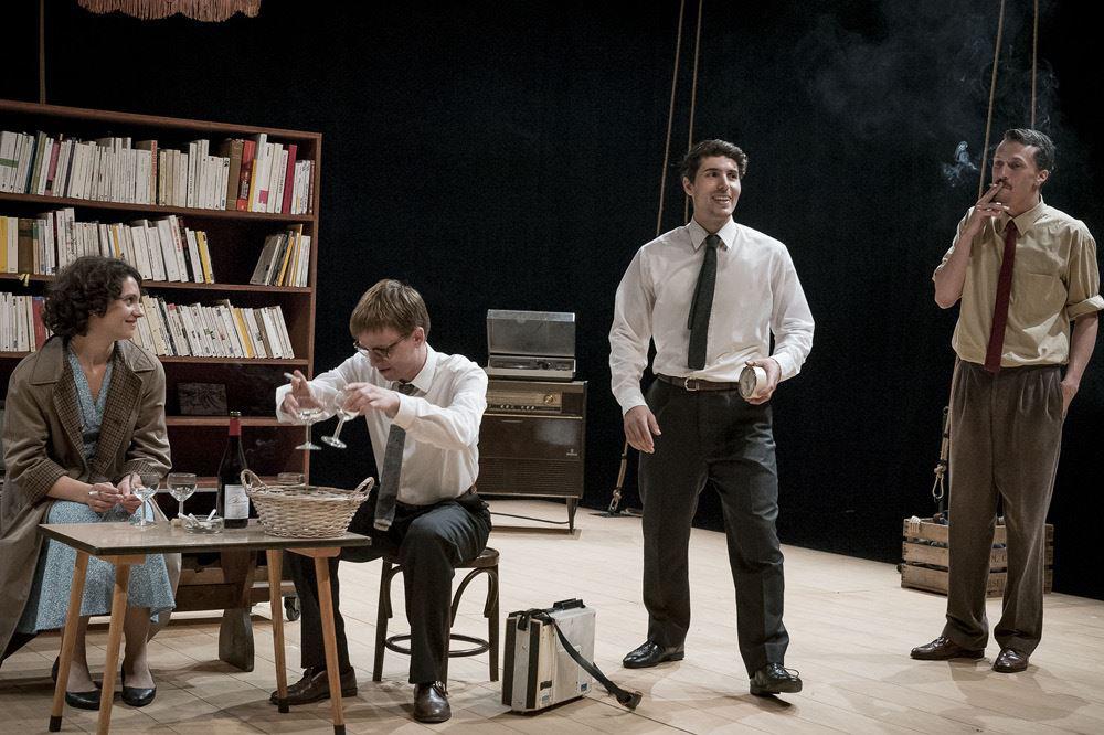 """""""J'abandonne une partie de moi que j'adapte"""" Théâtre Liberté"""